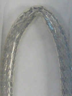 L-R: other nitinol stents can kink; Supera™ Stent has great flexibility